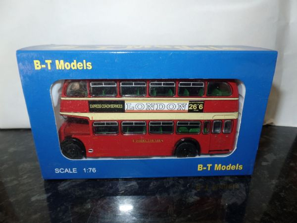 B T Models B112B 1/76 OO Scale Bristol Lodekka LD Bus Closed Back Eastern Counties route 216 Advert